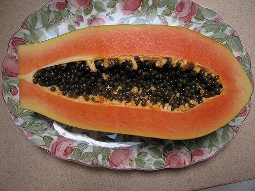 papaija auttaa proteiinien sulatuksessa