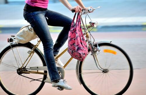 pyöräily apuna terveyden parantamiseksi