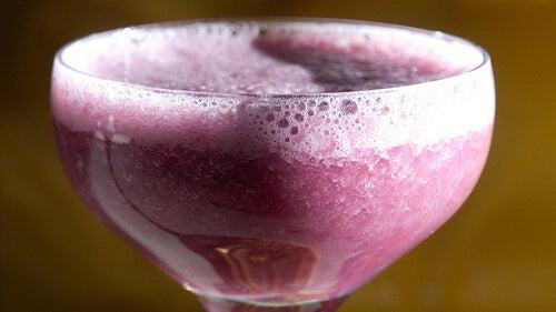Viinirypäleiden sisältämä resveratroli auttaa ehkäisemään aineenvaihdunnan ongelmia.