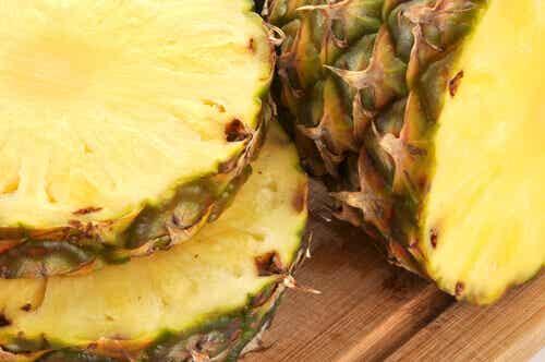 Herkulliset ja hoitavat juomat ananaksen kuoresta