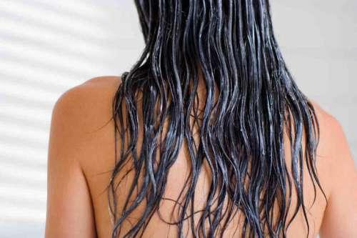 Pehmeämmät hiukset kotikonstein