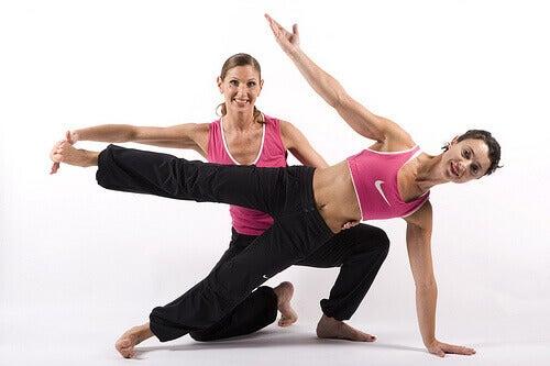 Liikunta estää niveliä jäykistymästä