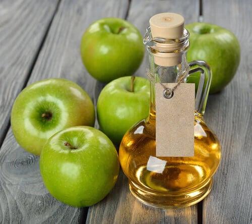 Omenaviinietikka kauneudenhoidossa