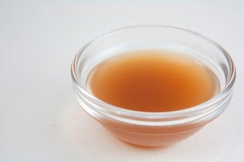 Luonnolliset kipulääkkeet: omenaviinietikka