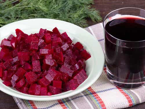 Terveellisiä punajuurireseptejä