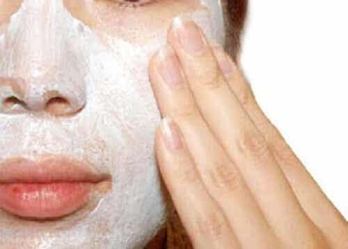 Miksi ja miten iho tulee kuoria