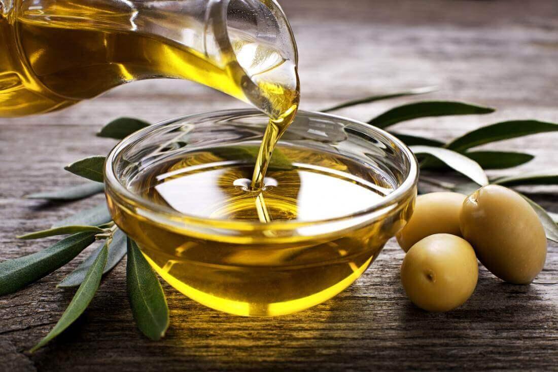 Oliiviöljyllä on verisuonia puhdistavia vaikutuksia.