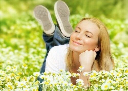 Kuinka voit tuntea onnellisuutta ja olla hyvällä tuulella joka päivä