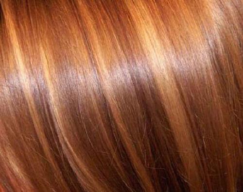 Vaalenna hiuksia luonnollisesti