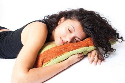 Kuinka monta tuntia unta on riittävästi?