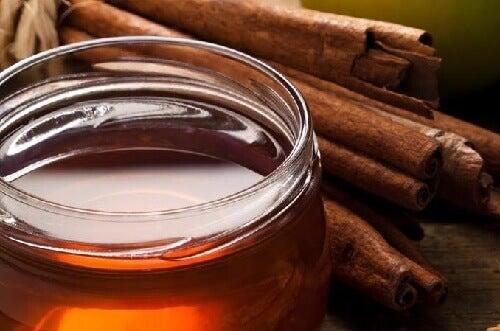 Kuinka käyttää hunajaa painonpudotuksessa