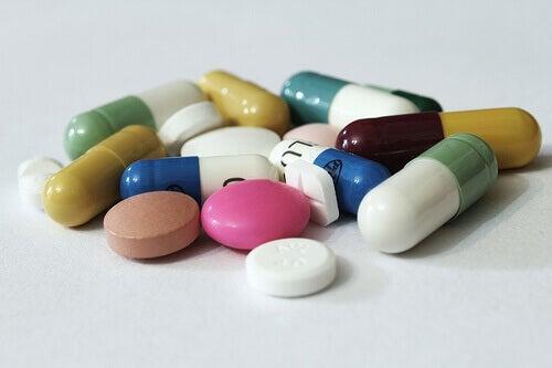 lääkkeet aiheuttavat vatsakipua