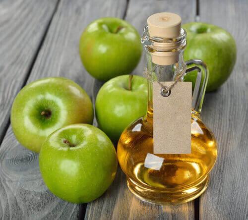 12 tehokasta laksatiivia: omenaviinietikka