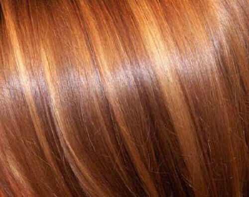 Hiusten vaalennus luonnollisesti