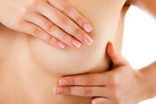 kipu rinnoissa voi aiheutua rintatulehduksesta