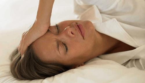 Luonnolliset hoidot vaihdevuosien oireisiin