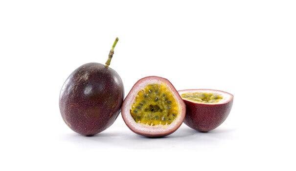 Passionhedelmällä on terveyttä edistäviä vaikutuksia.