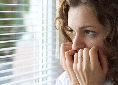 Mitä ahdistuneisuus on ja miten siitä pääsee eroon?