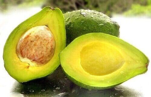hoida ja estä rasvamaksa avokadolla