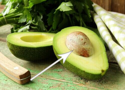 Avokadon siemenillä on monia terveysvaikutuksia.