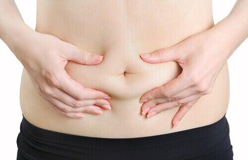 Hormonit vaikuttavat rasvan kertymiseen.