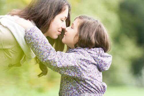 4 tärkeintä elämänarvoa välitettäväksi lapsillesi