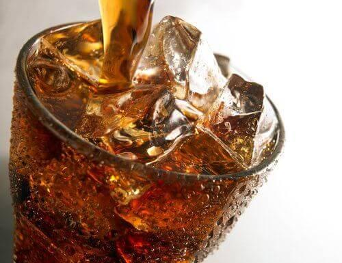Cola-juoma