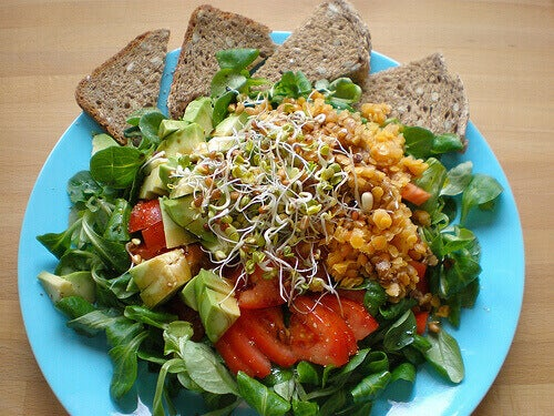 maukas salaatti