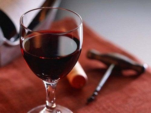ikääntymisen merkit tulevat viinistä