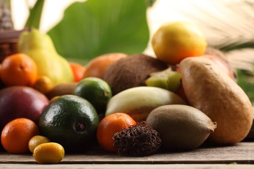 Terveellinen ruokavalio on tärkeää kolesterolin hillitsemisen kannalta.