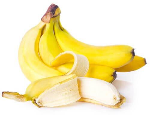 Pidä iho nuorekkaana banaanin avulla - se sisältää runsaasti vitamiineja.