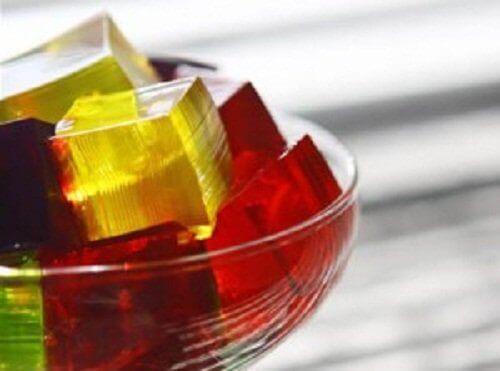 Lihas- ja nivelkipu helpottuu gelatiinin avulla.