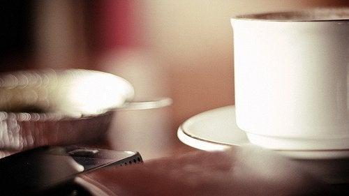 kahvin ja nälän välinen yhteys