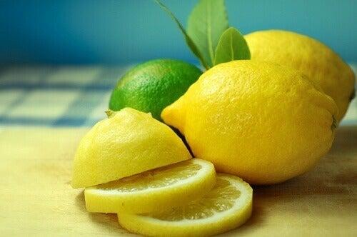 Sitruuna ja lime