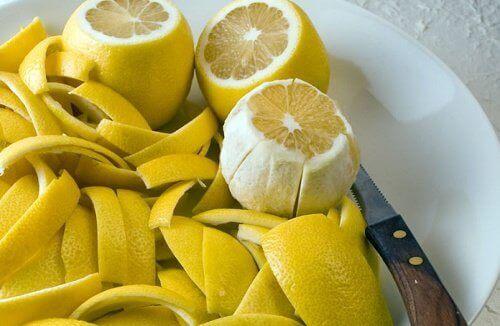 Opi parantamaan nivelkipu sitruunan kuorilla