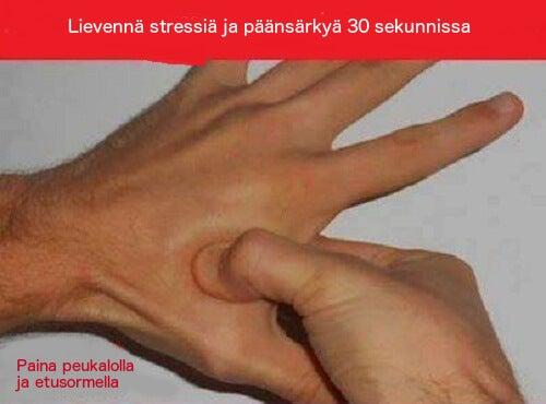 Poista päänsärky ja stressi akupainelulla