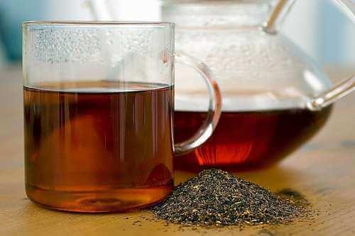 Teekuppi ja -kannu