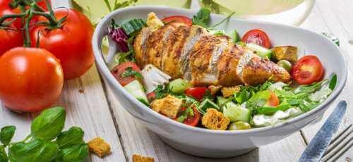 Ruokavalioon on hyvä sisällyttää sekä hapokkaita että emäksisiä ruokia.