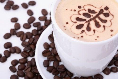Kahvikuppi ja -pavut
