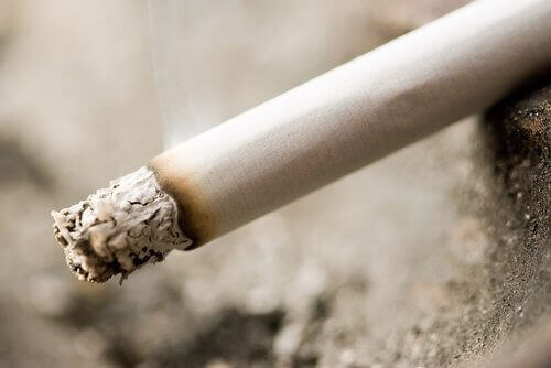 Älä tupakoi ennen nukkumaanmenoa