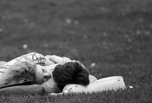 Ystävä rentouttaa toisen mielen