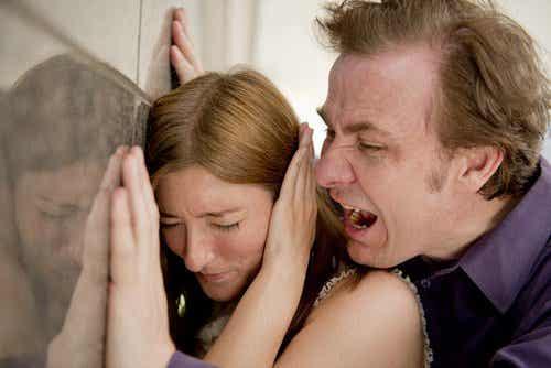 5 asiaa, joita ei pidä sallia parisuhteessa
