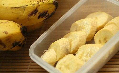 banaanista valmistettu pyree lievittää yskää