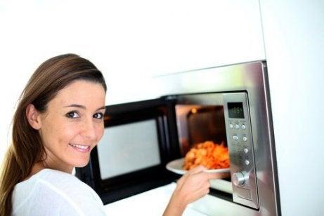 Älä koskaan lämmitä uudelleen näitä ruokia