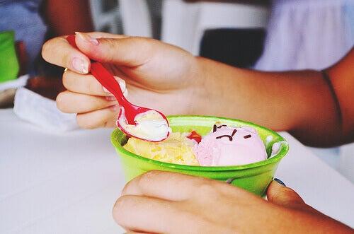 Jäätelöä ei kannata syödä