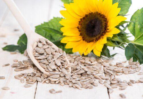Auringonkukan siemenistä saa hyviä rasvoja