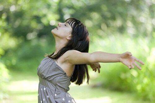 Kun olo alkaa ahdistamaan, keskity hengitykseesi.