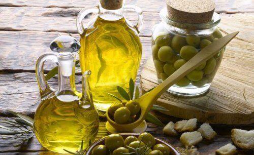 Avokadon säilytys oliiviöljy