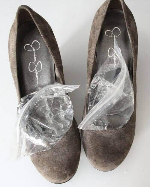 eroon jalkakivusta suurentamalla kenkiä