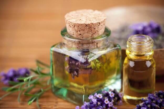 laventeliöljy unenlaadun parantamiseen